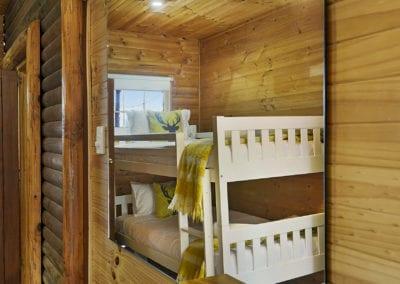 bedroom whitetail bunks